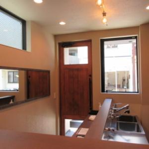 「目黒区中町の喫茶店のある細長狭小住宅」の完成見学会