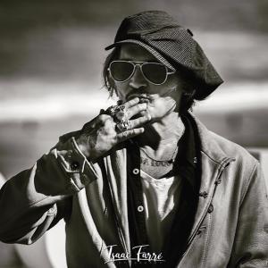 写真家Isaac Farréさん撮影によるサン・セバスティアン国際映画祭の時のジョニー画像♪