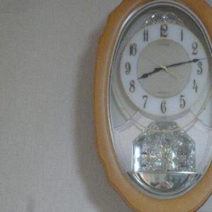 記念の時計さんです。