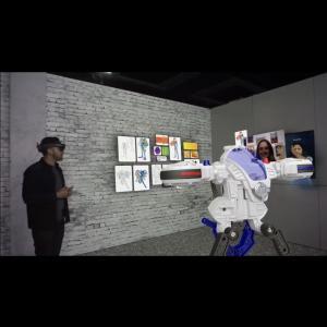 指で空中を操作するメガネ型ディスプレイHoloLens2を発売 マイクロソフト