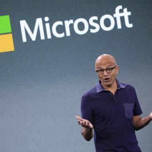 マイクロソフト、自社OS捨てGAFAに挑戦