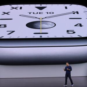 アップルに破壊されたスイスの時計業界