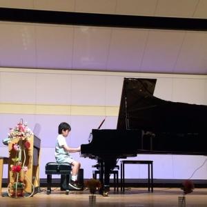 初めてのピアノの発表会☆