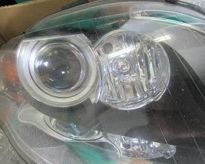 アウディA4 ヘッドライト左右交換 オイルのエキスパート