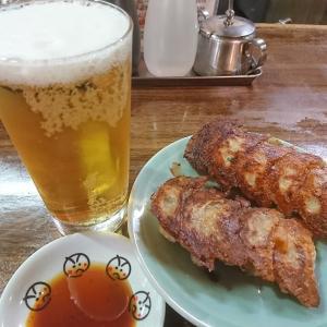 散歩の途中に娘娘餃子の生ビールで一休みした