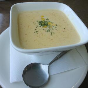 フォックスコンコンのスープを味わいたくてAセットにしてみる