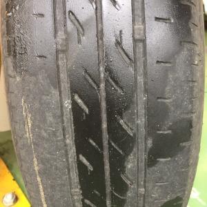 タイヤの偏摩耗