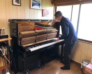 ピアノを調律して頂きました【2021年度】