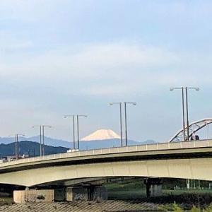 秋晴れと富士山