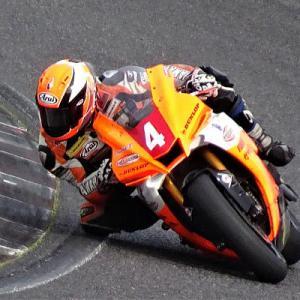 全日本筑波戦が開幕しているが 鈴鹿8耐テスト ドッグファイトレーシング