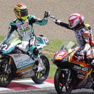 全日本ロードレースMFJ-GPに行って来た日曜日編~ピットビューイングとスタンド観戦
