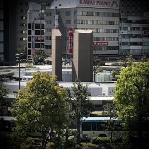 伸び行く浜松のオブジェ