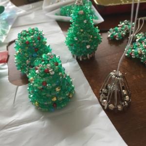 フラワービーズのクリスマスツリー