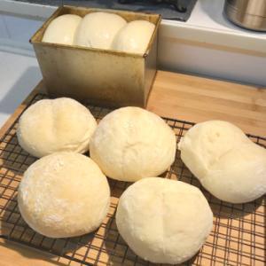ハイジの白パン。