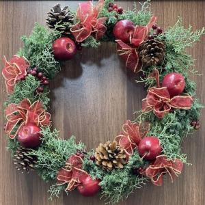 林檎のクリスマスリース
