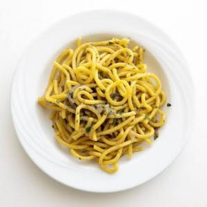 【レシピ】ベネチアのパスタ「ビーゴリ イン サルサ Bigoli in salsa」