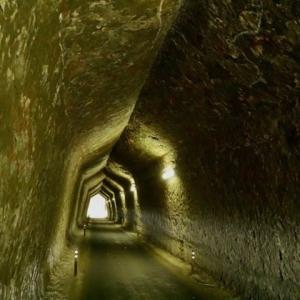 (再掲)明治生まれ五角形デザインの素掘りトンネル・ツーリング