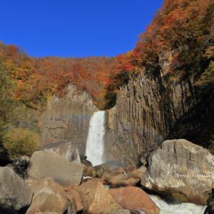 長野・新潟県境にある苗名滝に行ってきました。ぷち空撮付き