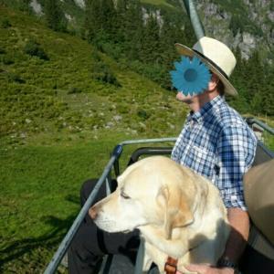 初めてリフトに乗ったナナ ~ スイス5湖巡りハイキング
