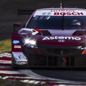 優勝 ASTEMO NSX-GT