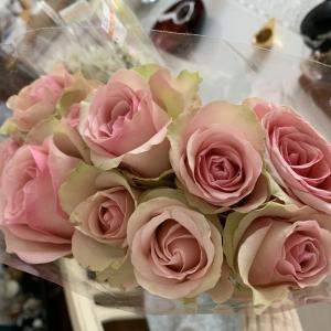 バラが10本で250円