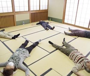 4月のフェルデンクライス千里教室(4/1)・大阪教室(4/4)を中止します