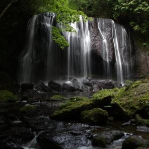猪苗代町 逹沢の不動滝