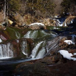 過去写真から 長野 おしどり隠しの滝の氷結