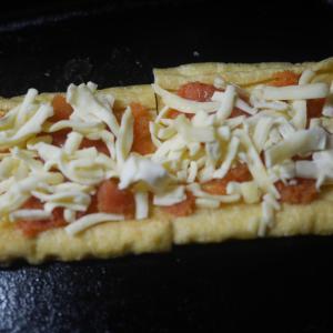 夜食に、揚げの明太子のせチーズ焼き