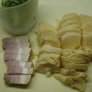 タケノコの焼豚炒め