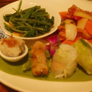 京都でベトナム料理店へ