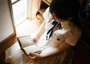 少女人形に、柩を。