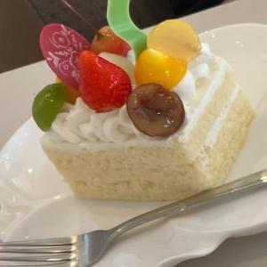 美味しいものは、、もっと食べたい(^◇^;)