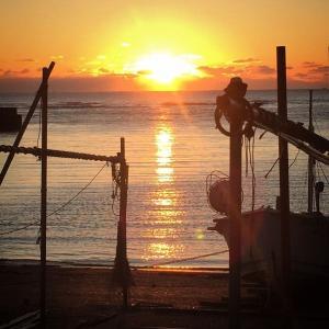 千葉県 勝浦市 吉尾漁港の日の出です