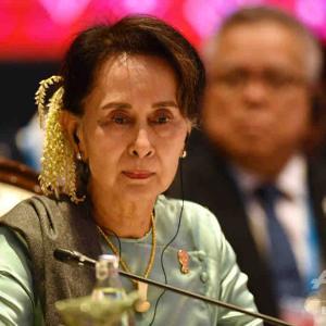 ノーベル平和賞受賞者のアウン・サン・スー・チー国家顧問が戦争犯罪や人道に対する罪などでアルゼンチンで告発される