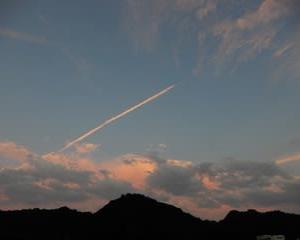 カメラ散歩9月・・・ひこうき雲