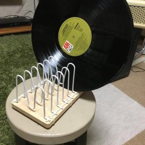IKEAの水切りかごでレコードラック製作