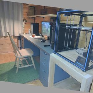 ツーバイ材で3Dプリンターの台を製作してみました