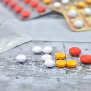 ★処方薬依存症(抗不安薬,睡眠薬)、厚労省承認用量でも依存性(リブログ)