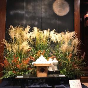 芝うかいの季節飾りでお月見+月うさぎさん、もしかしてこれって役に立ちますか??の馬とリンゴ