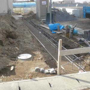 境界ベースコンクリート打設状況・・・