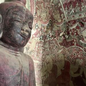 洞窟寺院ポーウィン山(モンユワ)