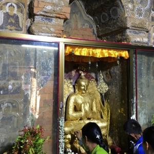 バガンで見た仏像