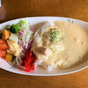 青森県野辺地町 喫茶花梨で名物「白カレー」を食べてみる。