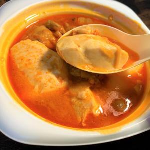 青森県むつ市 行列ができる弁当屋、弁当だるまでスンドゥブチゲ弁当を味わう。
