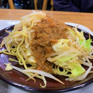 青森県弘前市 弘前中三の人気のデパ地下で中みそ焼きそばを食べてきました
