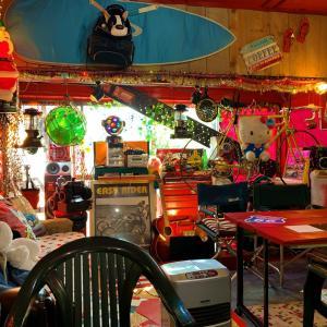 青森県横浜町 怪しいお店と思いきや、とってもいいお店でした(笑)。「カフェBUN BUN」