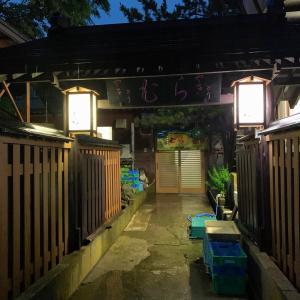 青森県東通村 小田野沢の集落に隠れた名店、 やきとりむらが最高でした。