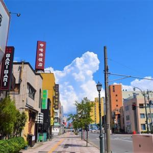 青森県青森市 夜店通りのティファニーで昼食を。