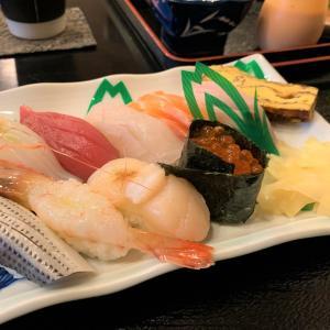 青森県青森市 行きつけのお寿司屋さん、寿し鶴で、絶品の握り寿司ランチを食べる。